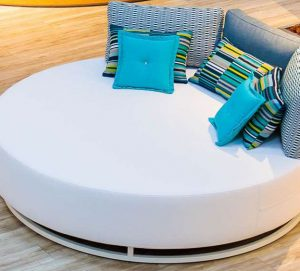 square garden daybed bed